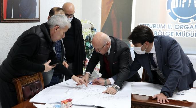 Başkan Sekmen, yatırımcılara Erzurum'u gezdirdi