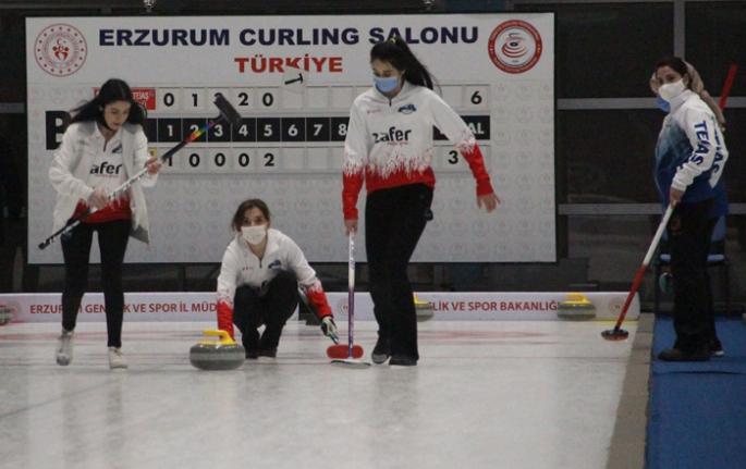 Curlingte Süper Lig heyecanı  başladı