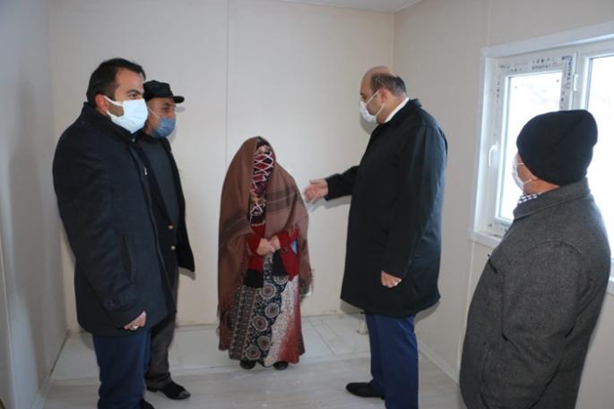 Deprem ve yangında evini kaybetti, Belediye sahip çıktı
