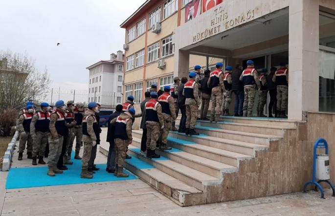 Erzurum'da silah ve uyuşturucu operasyonu: 10 tutuklama!