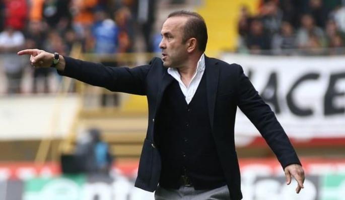 Erzurumspor'da Mehmet Özdilek ile yollar ayrıldı!