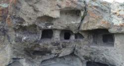 Erzurum'daki kaya mezarlıklarının sırrı çözülüyor