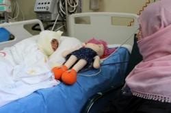 Horasan'da tandıra düşen çocuk ölümden döndü