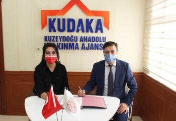 KUDAKA'dan Hanımeli'ne markalaşma desteği