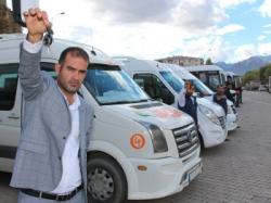 Servisçiler kontak kapattı, öğrenciler yolda kaldı