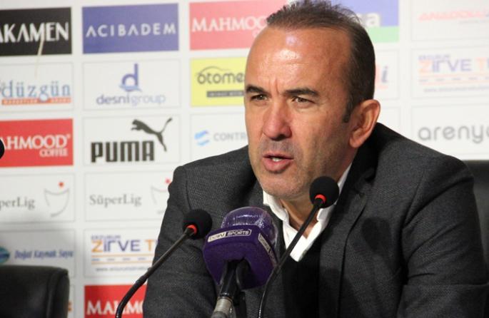 Mehmet Özdilek: İlk 45 dakikada maçın fişini çekebilirdik!
