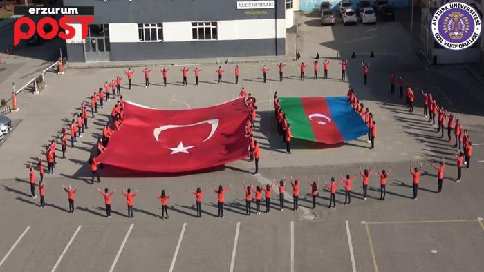 Minik öğrenciler Karabağ zaferini coşkuyla kutladı