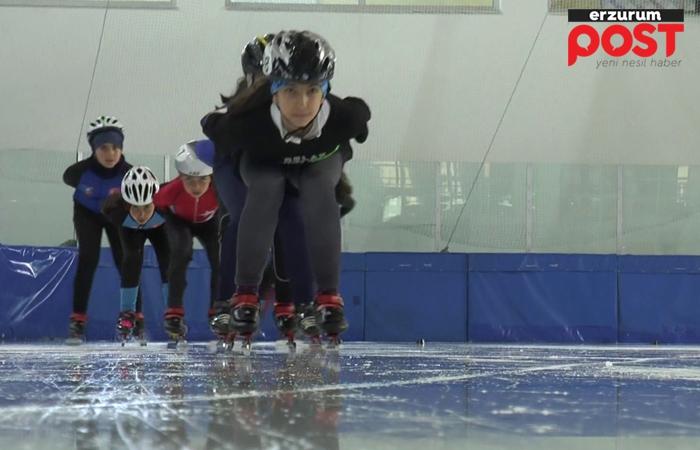 Short Track sporcuları buza indi