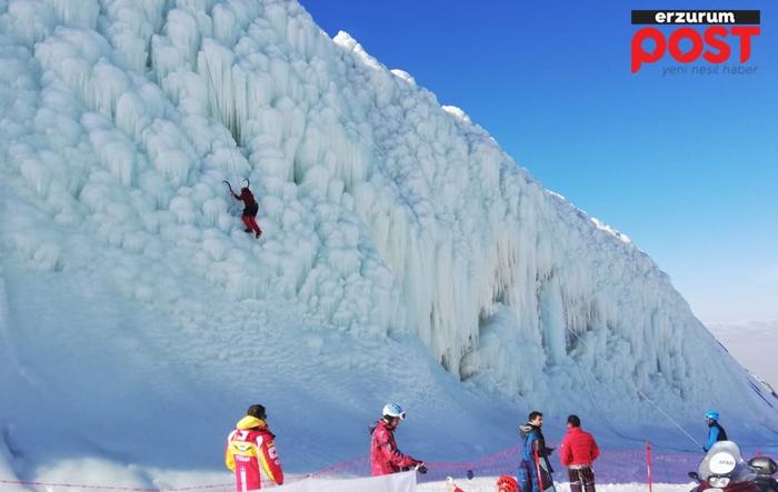 Palandöken'de buz tırmanışları nefes kesiyor